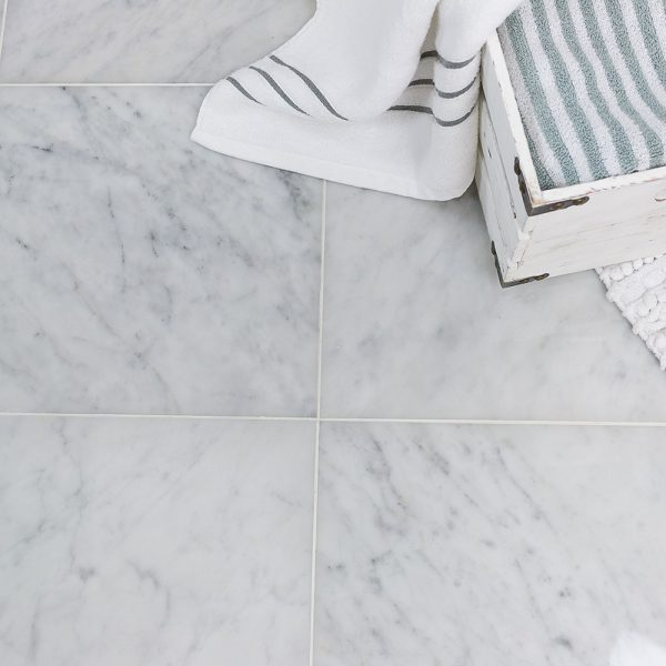 kakeldekor carrara marmor